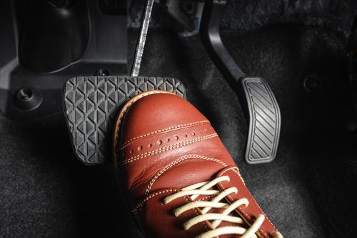 運転しやすい靴のイメージ画像