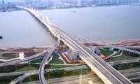 高速道路の制限速度と通行区分一覧|軽自動車の制限速度は?