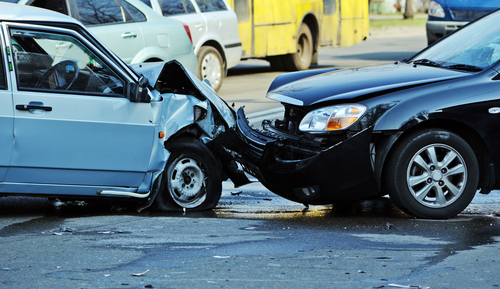 交通事故 正面衝突