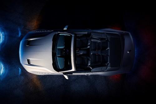 2018 新型 フォード・マスタング・コンバーチブル