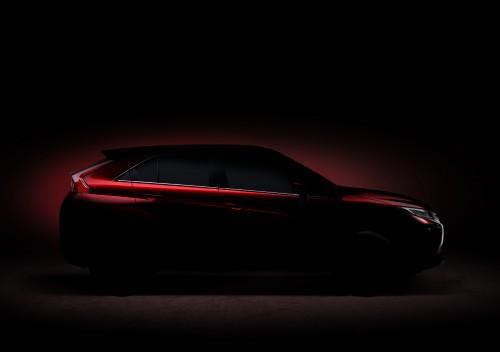 三菱 新型 RVR