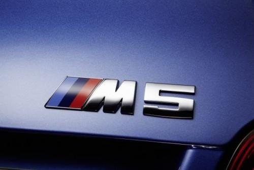 BMW M5 ロゴ