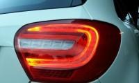 テールランプとは?ブレーキランプとの違いから交換方法や車検での注意点も解説