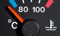 車の水温計をご存知ですか?取り付け方法から上がった時・下がった時の対処まで