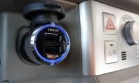 車のシガーソケットとは?構造や電圧から基本的な使い方についても