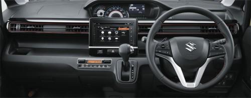 スズキ ワゴンR 新型 スティングレー 内装