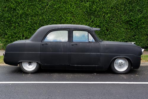 マットブラック 車