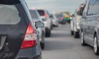 【2018年GW高速渋滞予想】最大の渋滞ポイントや発生する日時は?渋滞回避テクや便利グッズも紹介