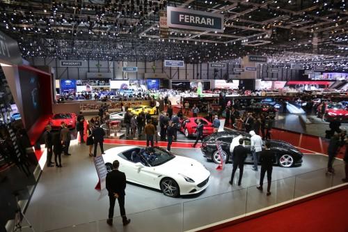 フェラーリ 812 スーパーファスト ジュネーブモーターショー2017の様子