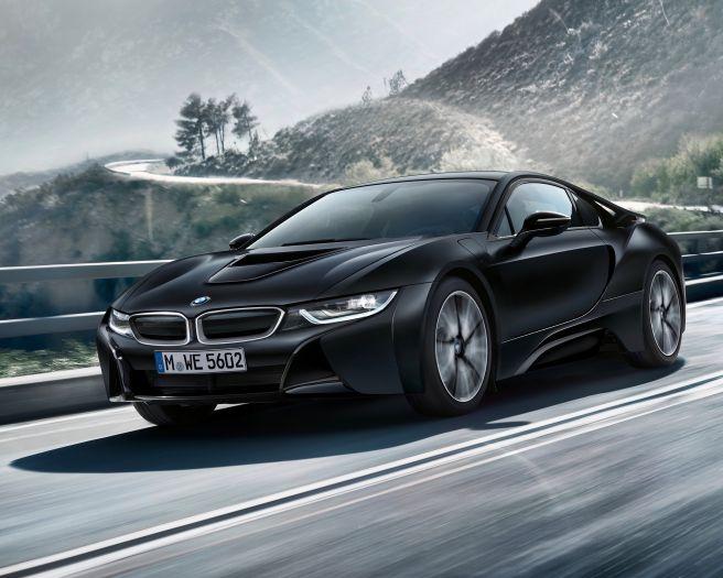 BMW i8 フローズンブラック(マットブラック)