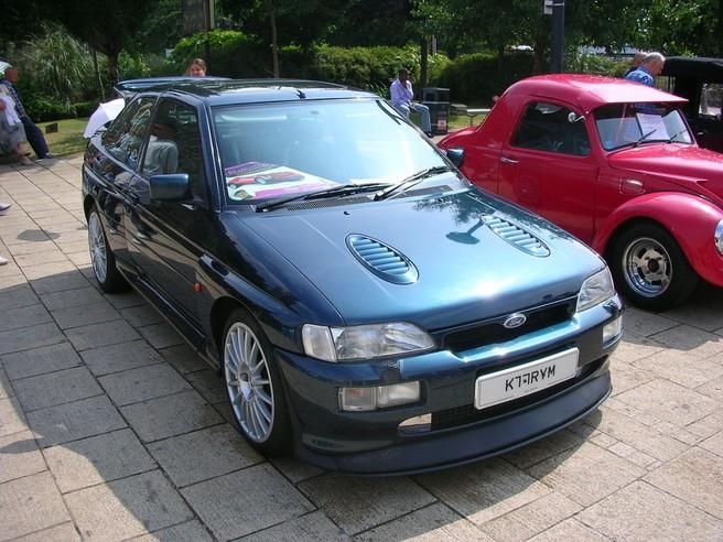 フォード エスコートRS コスワース 1992-1995