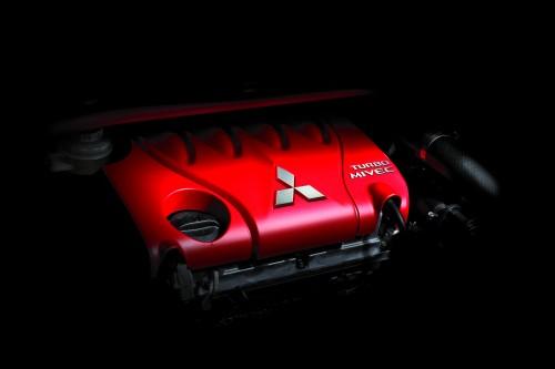 三菱 コルトR エンジンイメージ