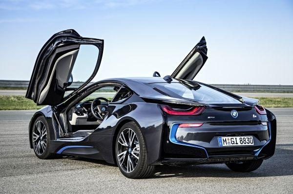 BMW i8 2013年 シザードア