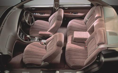 三菱 デボネア 3代目 内装 1992年