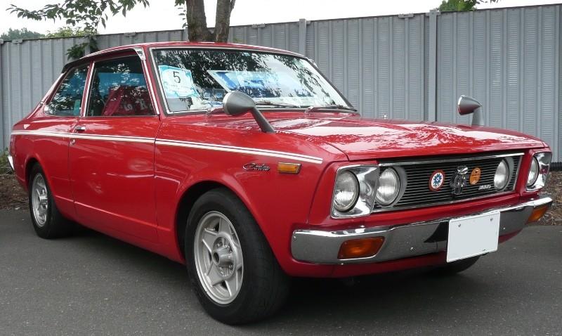 トヨタ・カリーナ 1600GT ツードアセダン 初代