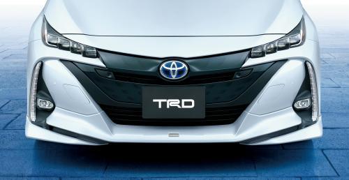 新型トヨタプリウスPHV TRDフロントスポイラー(LEDなし)