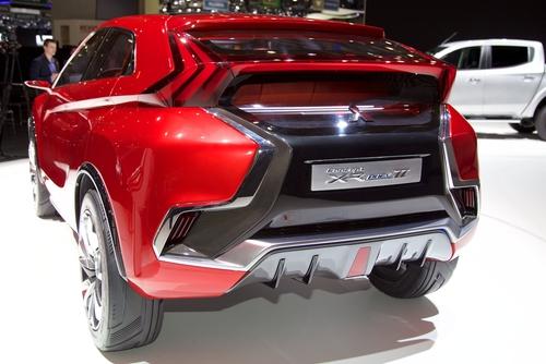 Mitsubishi XR-PHEV II Concept 2015