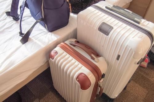 荷造り スーツケース
