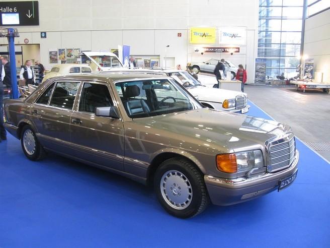 メルセデス ベンツ 500 SEL W126