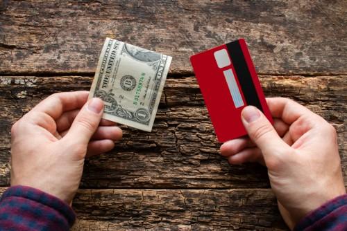 クレジットカード 現金 キャッシュ