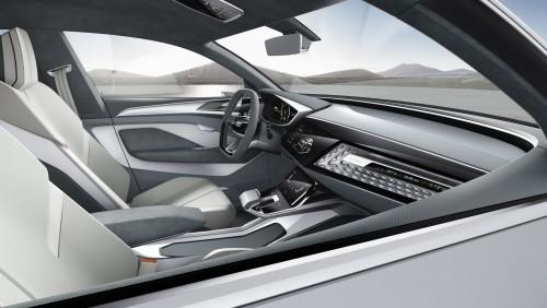 2017年 Audi e-トロン コンセプト