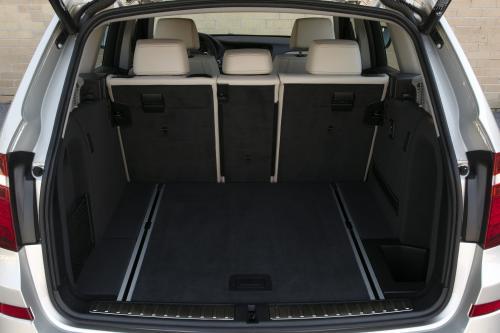 2010年 2代目前期 BMW X3 内装
