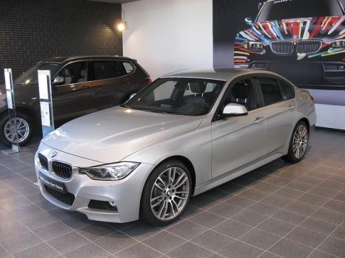 BMW 320i 外装