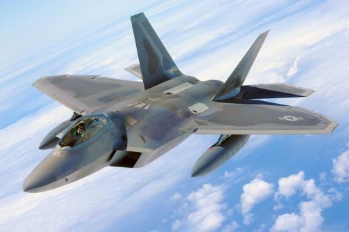 ステルス戦闘機 F-22