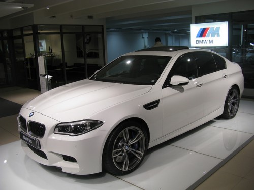 BMW M5 F10 外装