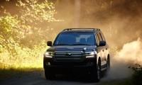 トヨタ300系新型ランドクルーザーフルモデルチェンジ9月12日発表されず?燃費や価格予想も