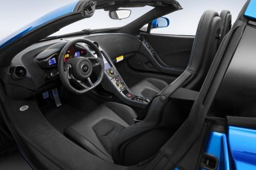 マクラーレン 650S スパイダーの内装