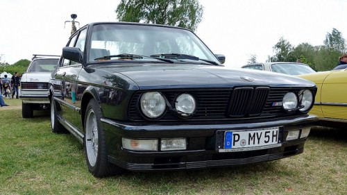 BMW M5 初代