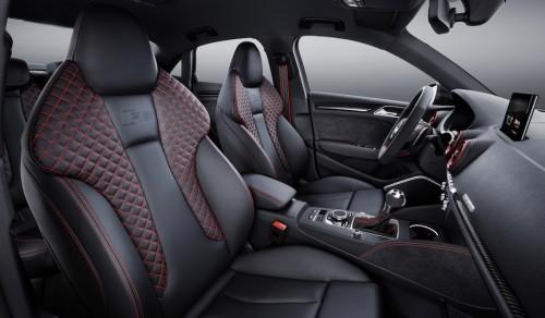 アウディ RS 3 セダン 欧州仕様 2017年型