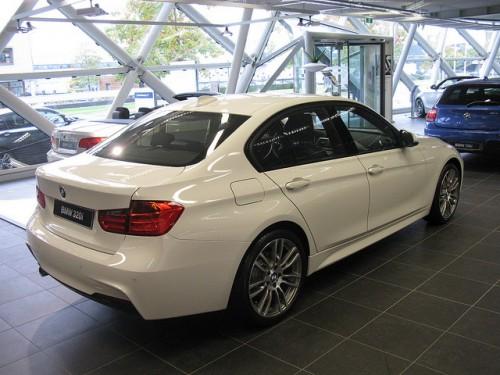 BMW 320 F30型 外装