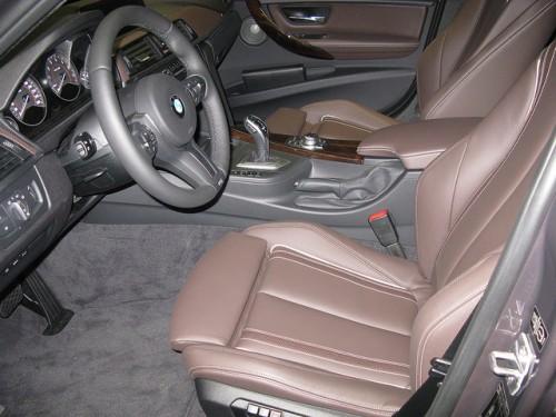BMW320 F30 内装