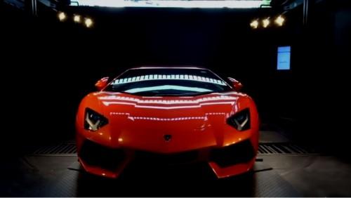 スーパーカー 自動販売機 ランボルギーニ アベンタドール