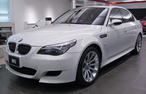 BMW M5 E60型