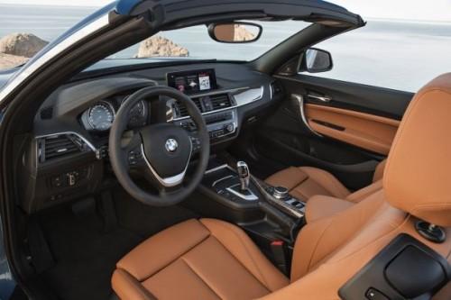 BMW 新型 2シリーズ カブリオレ 内装
