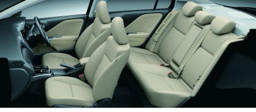 新型 ホンダ グレイス HYBRID LX・Honda SENSING(アイボリー/ファブリック)