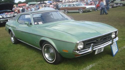 72年型フォード・マスタング・グランデ