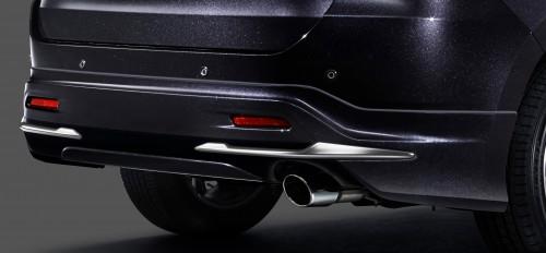 新型 ハリアー モデリスタ リヤスタイリングキット(リヤスカート+マフラーカッター)Ver1