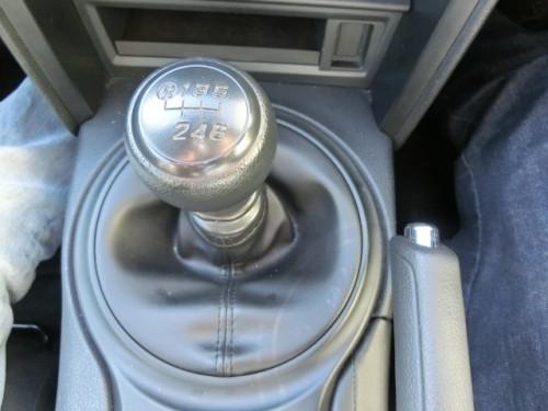 マニュアル車 シフトレバー