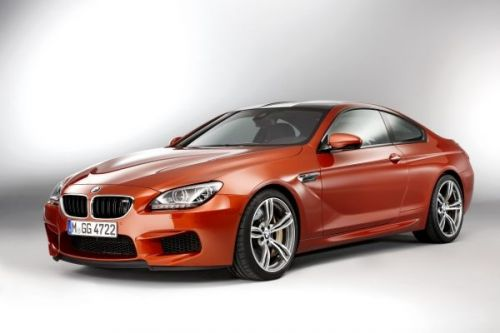 BMW M6クーペ フローズンレッド