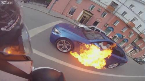 BMW 炎上