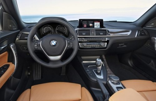 BMW新型2シリーズカブリオレ 内装
