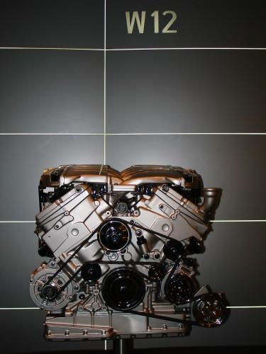 フォルクスワーゲン W12