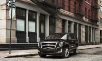 キャデラック エスカレード新型発売開始!8速AT採用で価格や走行性能・燃費は?