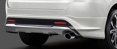 新型 ハリアー モデリスタ リヤスタイリングキット(リヤスカート+マフラーカッター)Ver2