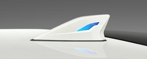 新型ハリアー モデリスタ LEDトップノットアンテナ