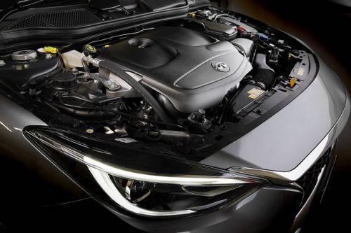 日産 インフィニティ Q30 エンジン